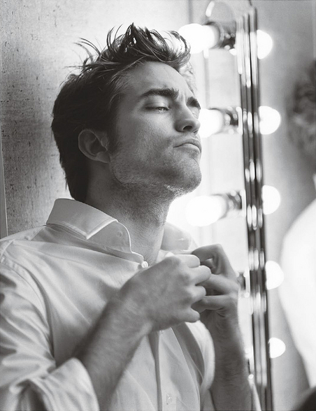 robert pattinson vanity fair pictures. Rob Pattinson is VAIN.